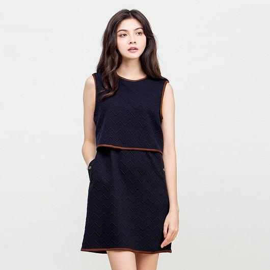 壓紋連身裙
