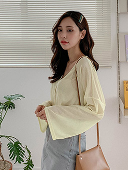 MERONGSHOP-輕盈透膚V領落肩寬袖小外套-黃