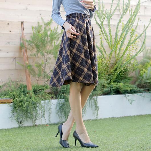 Primazel-蓬鬆厚實感格紋喇叭裙