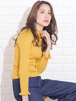 Primazel-basic 親膚木耳領條坑紋針織上衣-芥末黃